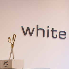 White (Den Haag) by Selectionneurs.com